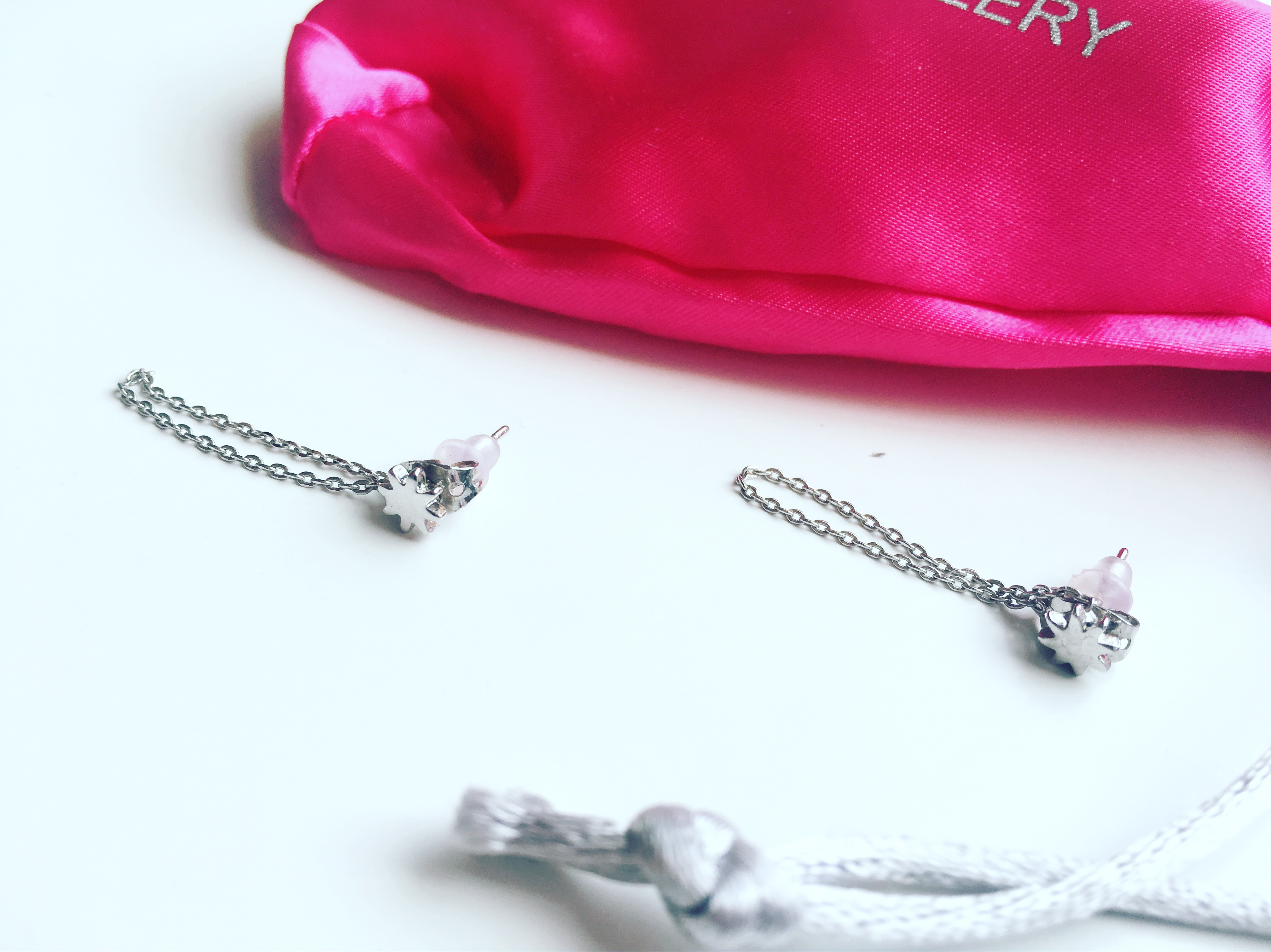 Minimalistische Oorbellen Zilver : Minimalistische oorbellen my jewellery u dyonne bakker